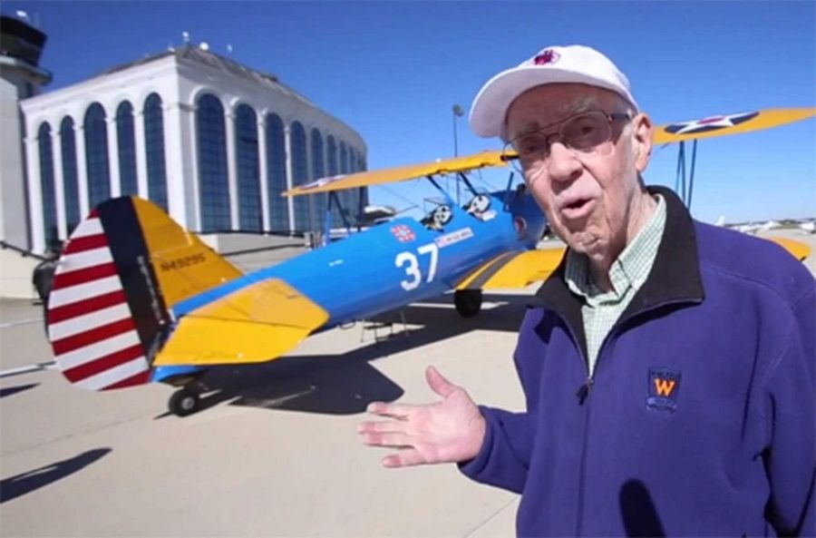 Veteran Ray Smith, 84, talks about his experience on the World War II-era plane.