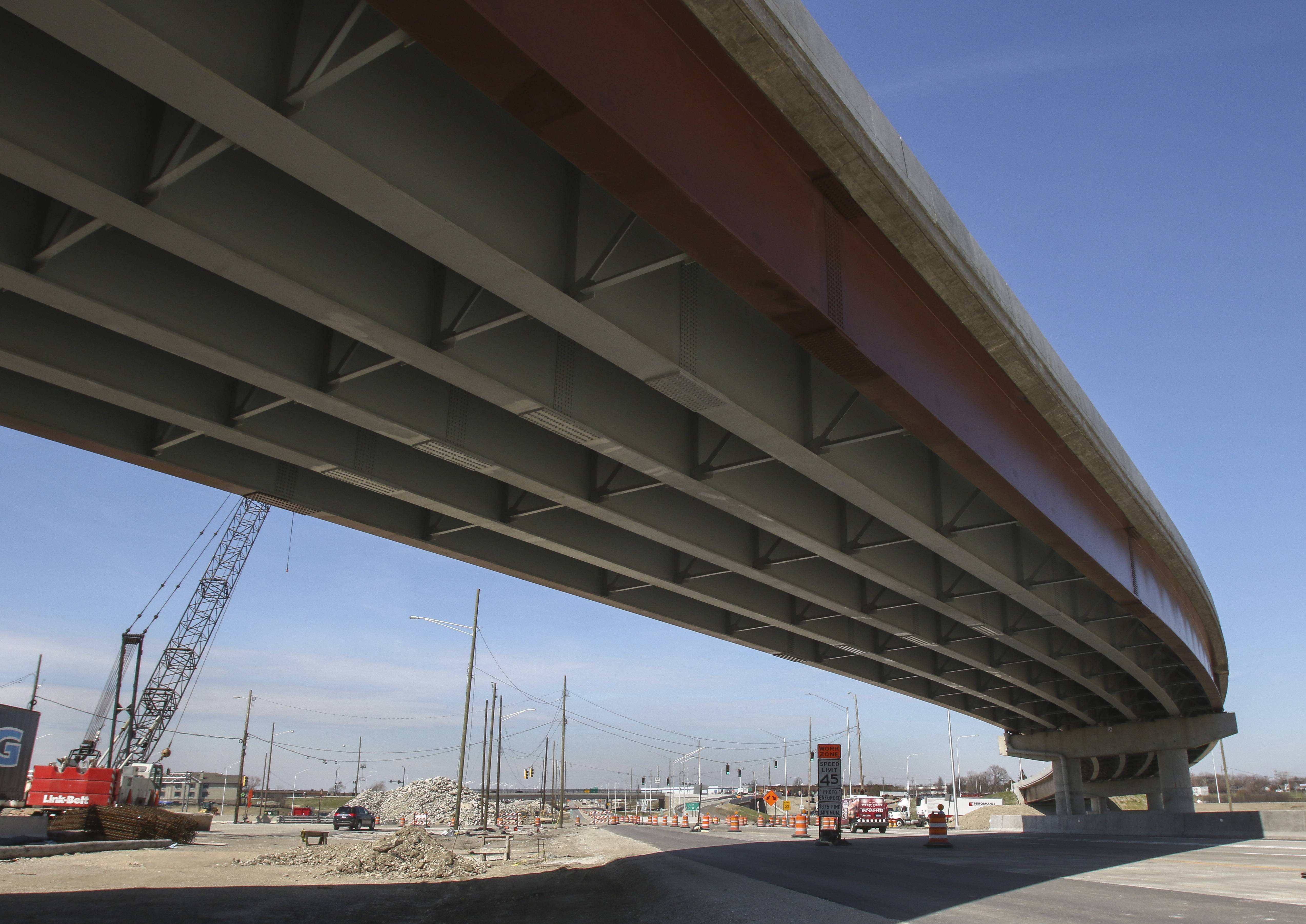 Tollway directors reject staff recommendation, won't renew engineering firm's contract