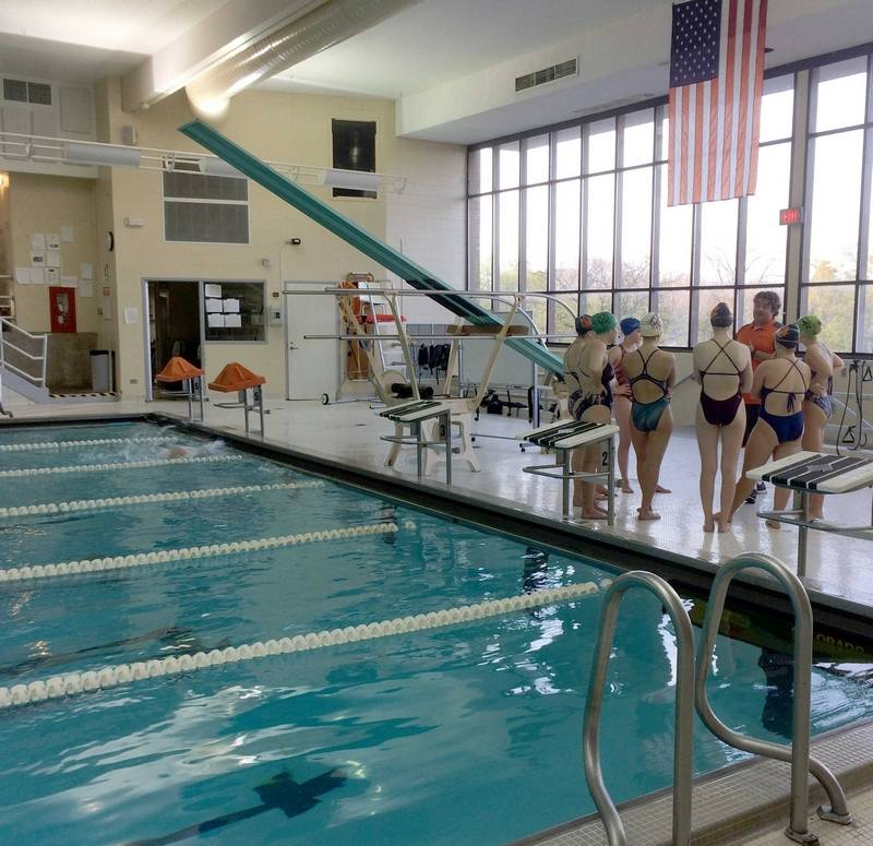 District 128 Board Favors Starting On Libertyville High School Pool