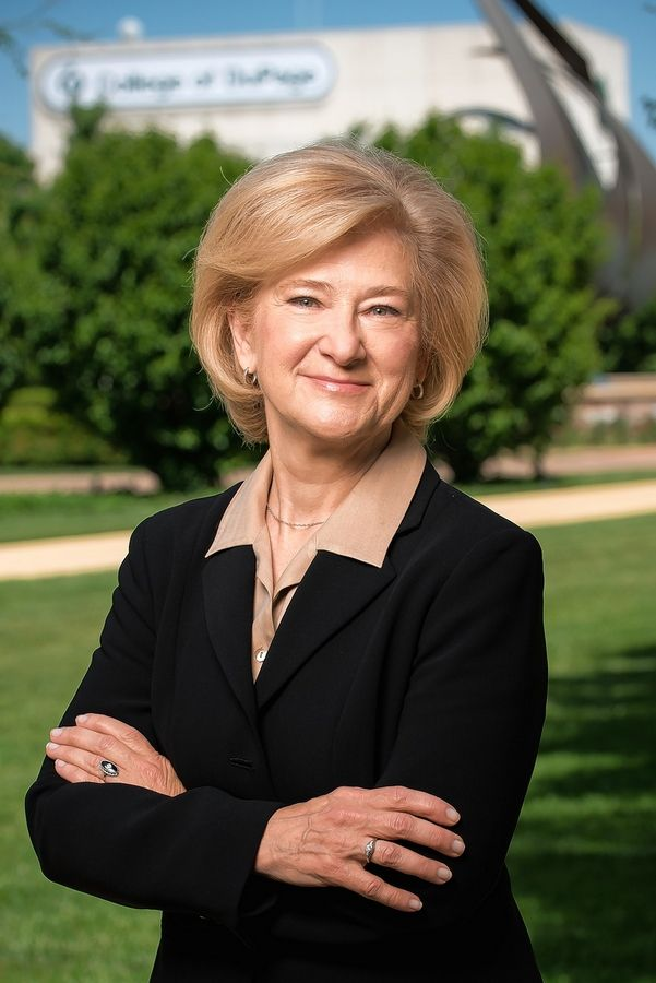 Ann Rondeau Inside College of DuPage