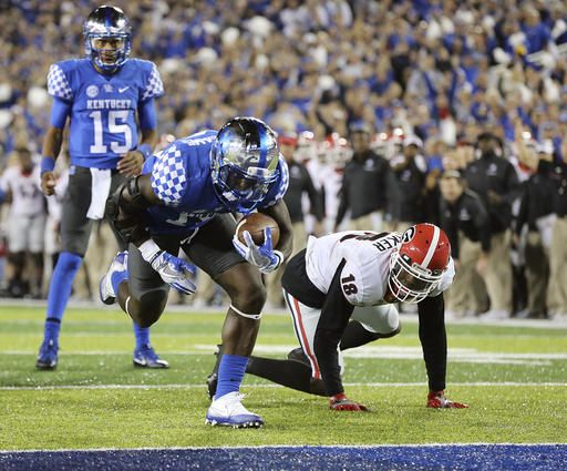 Late field goal pushes Georgia past Kentucky 27-24
