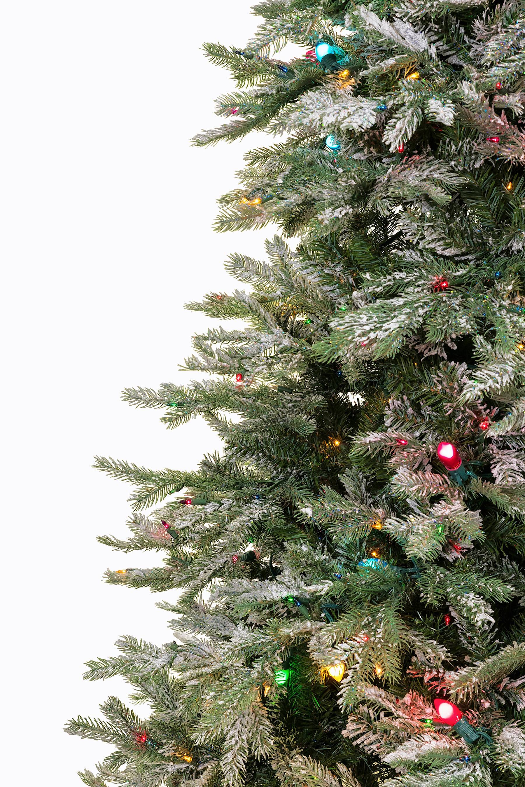 The Twinkling Tannenbaum tree features two types of lights.