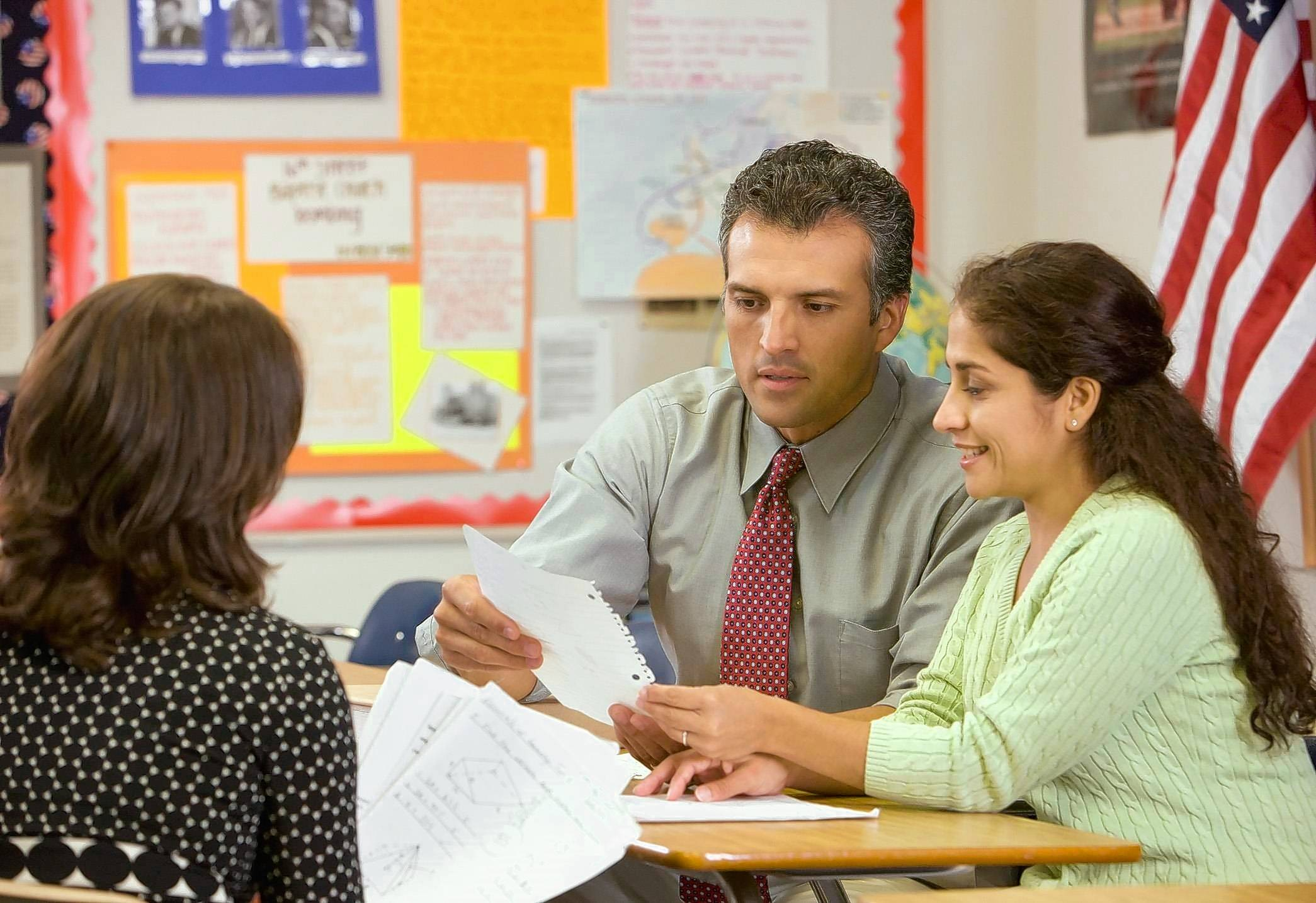 dealing with angry parents Teachers experience a growing number of angry, abusive parents the nea even provides special training courses on dealing with angry parents.