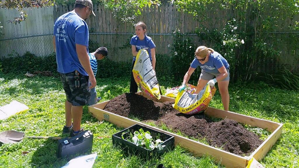 Charming The GardenWorks Project, Healthy West Chicago And People Made Visible Have  Partnered To Open A