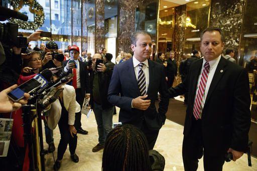 Tough-on-corruption NY prosecutor tells Trump he will stay