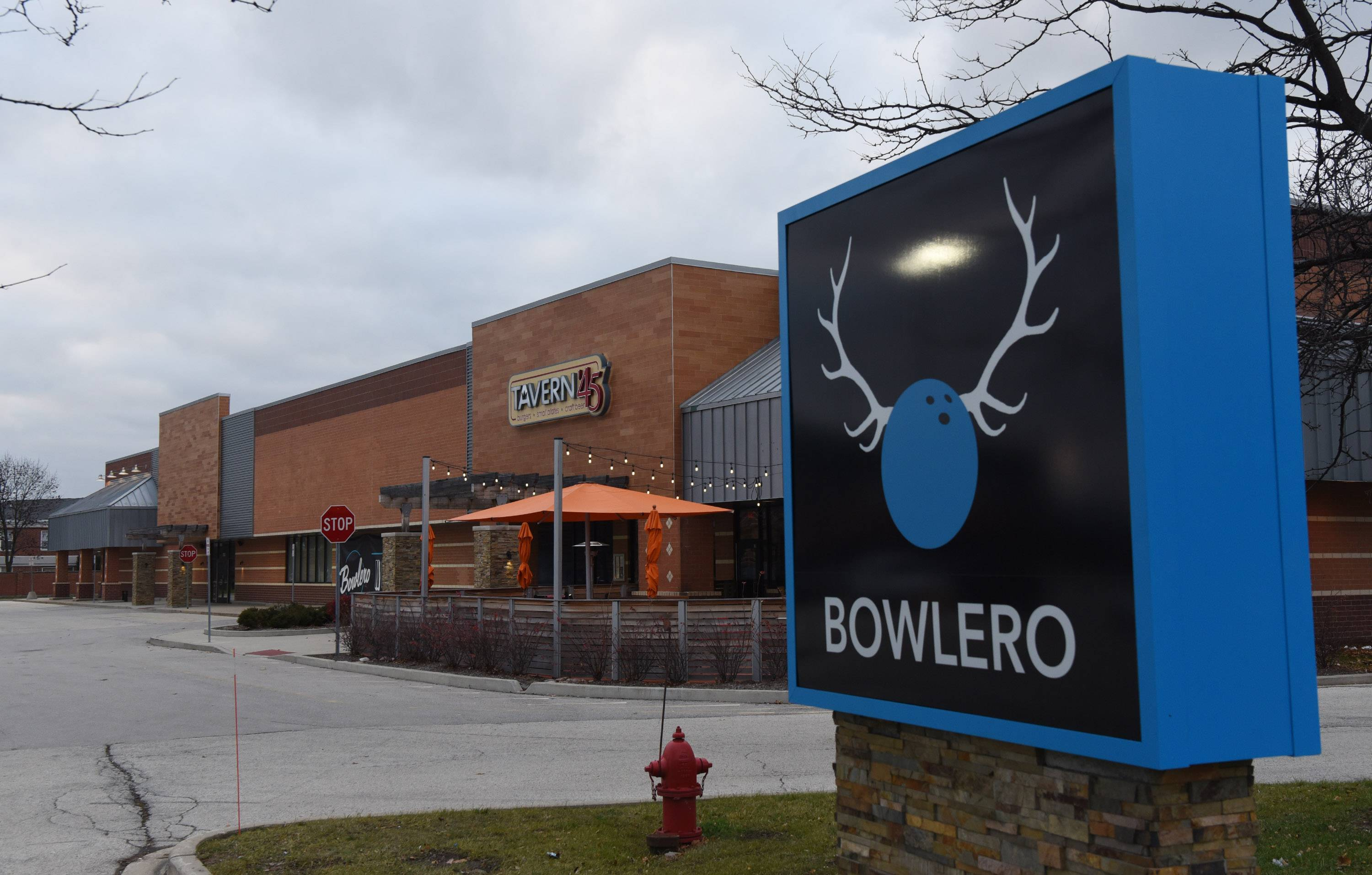 Brunswick Zone in Buffalo Grove is being redone with a new concept, with the grand opening of Bowlero Buffalo Grove on Tuesday. Bowlero Buffalo Grove features 32 lanes of bowling, a high-end sports bar and dining area, an interactive arcade, and a state-of-the-art laser tag arena.