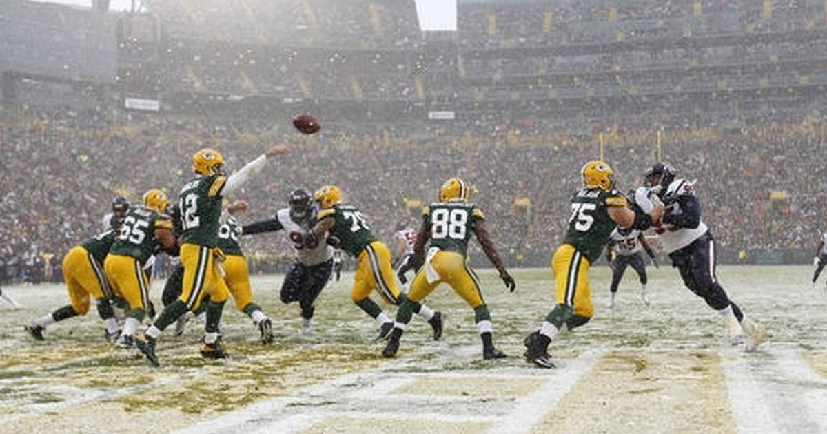 Aaron Rodgers Wallpaper Download Here Tco YiMi5P7hPY Packers GreenBayPackers Get Back To 500 Beat Texans 21 13