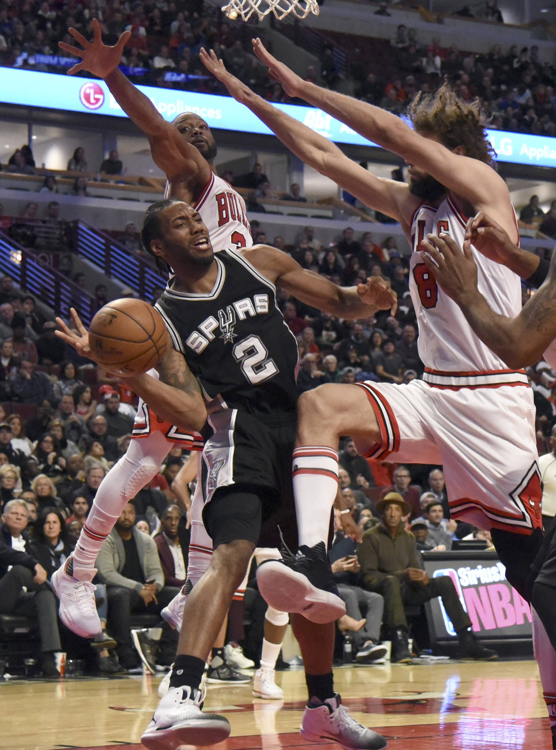 The Bulls handed the San Antonio Spurs their first road loss of the season on Thursday night. Once again, the Bulls are showing a puzzling tendency to beat good teams, then lose to average opponents. The same thing happened last season and the Bulls need to figure out how to smooth out their results.