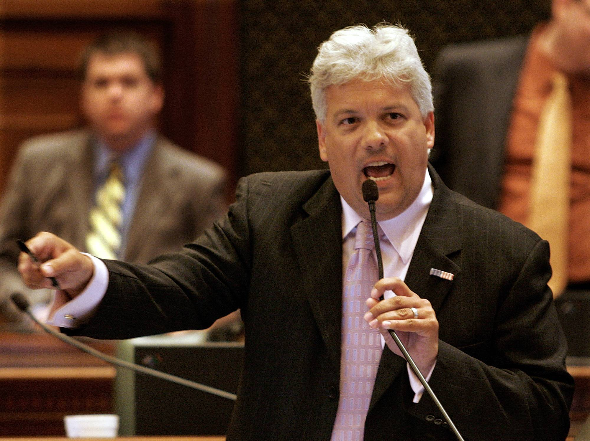 Departing lawmakers lament loss of independence, spike in money in Illinois politics