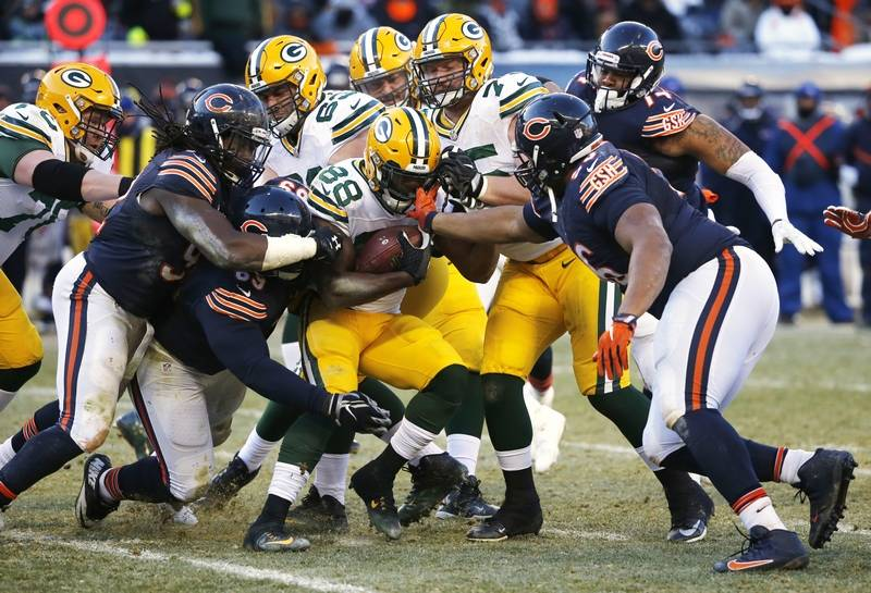 73e92850c06 ... Green Bay Packers Ty Montgomery (88) runs against Chicago Bears  defenders during the ...