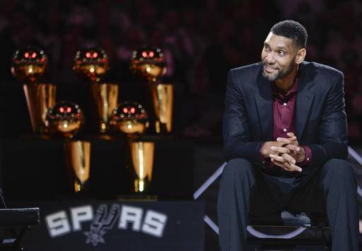 Spurs Honor Duncan With Emotional Ceremony