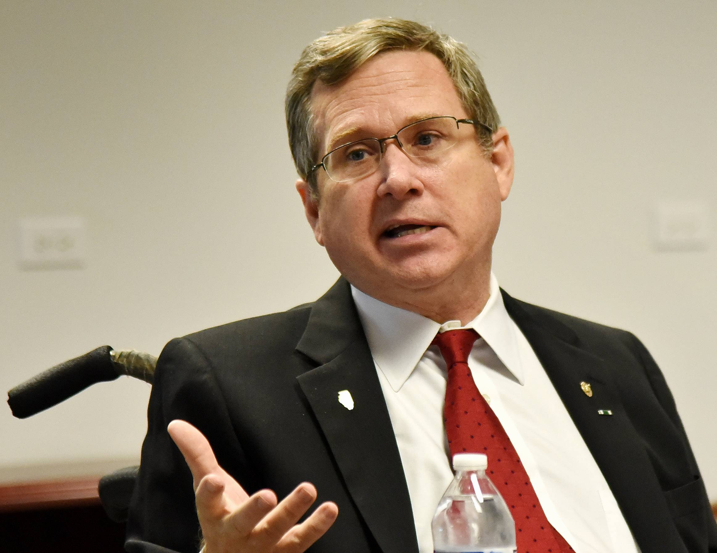 Editorial: Mark Kirk and the lofty goal of bipartisan moderation