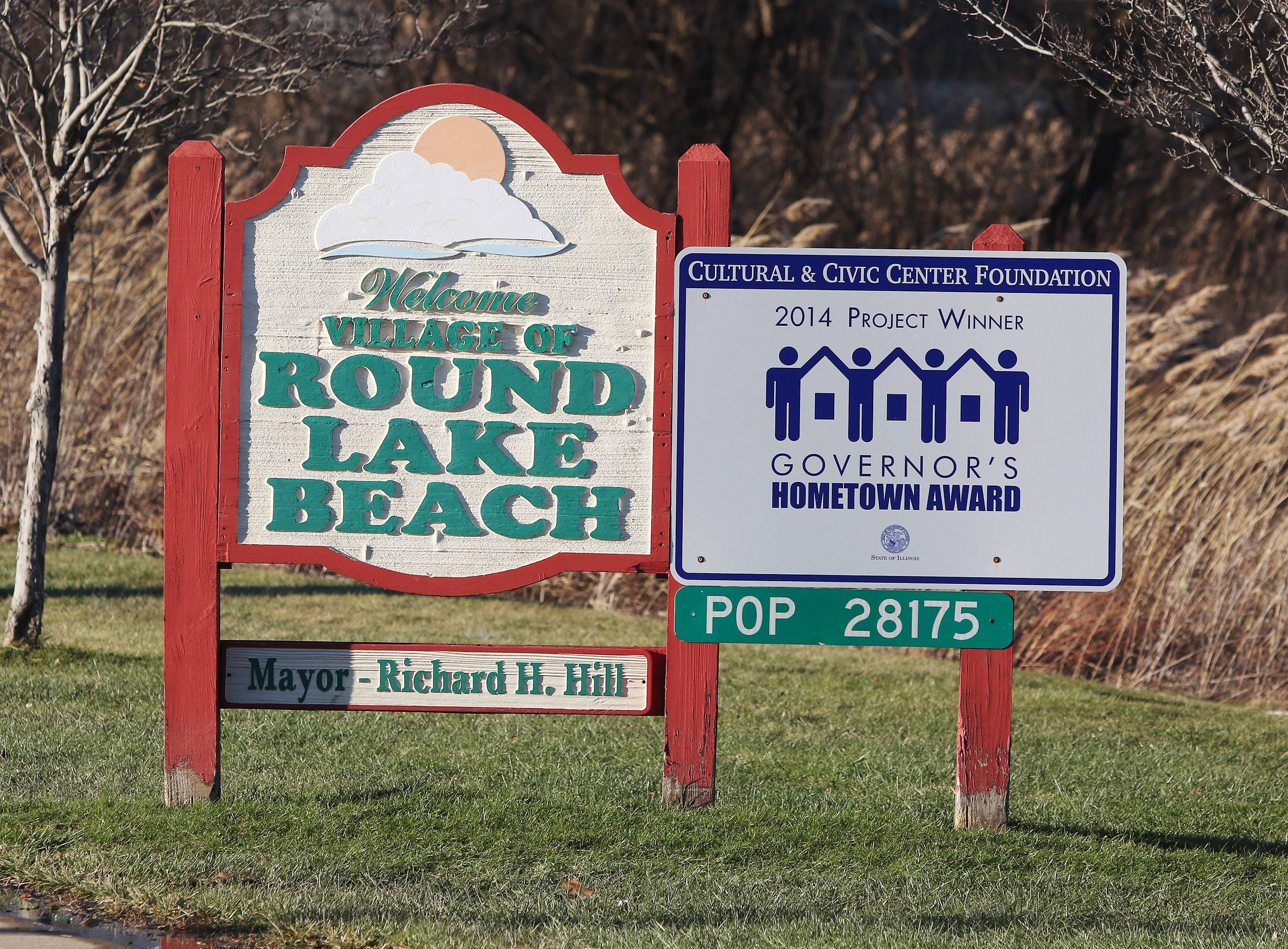 A sign along Route 83 welcomes visitors as they enter Round Lake Beach.