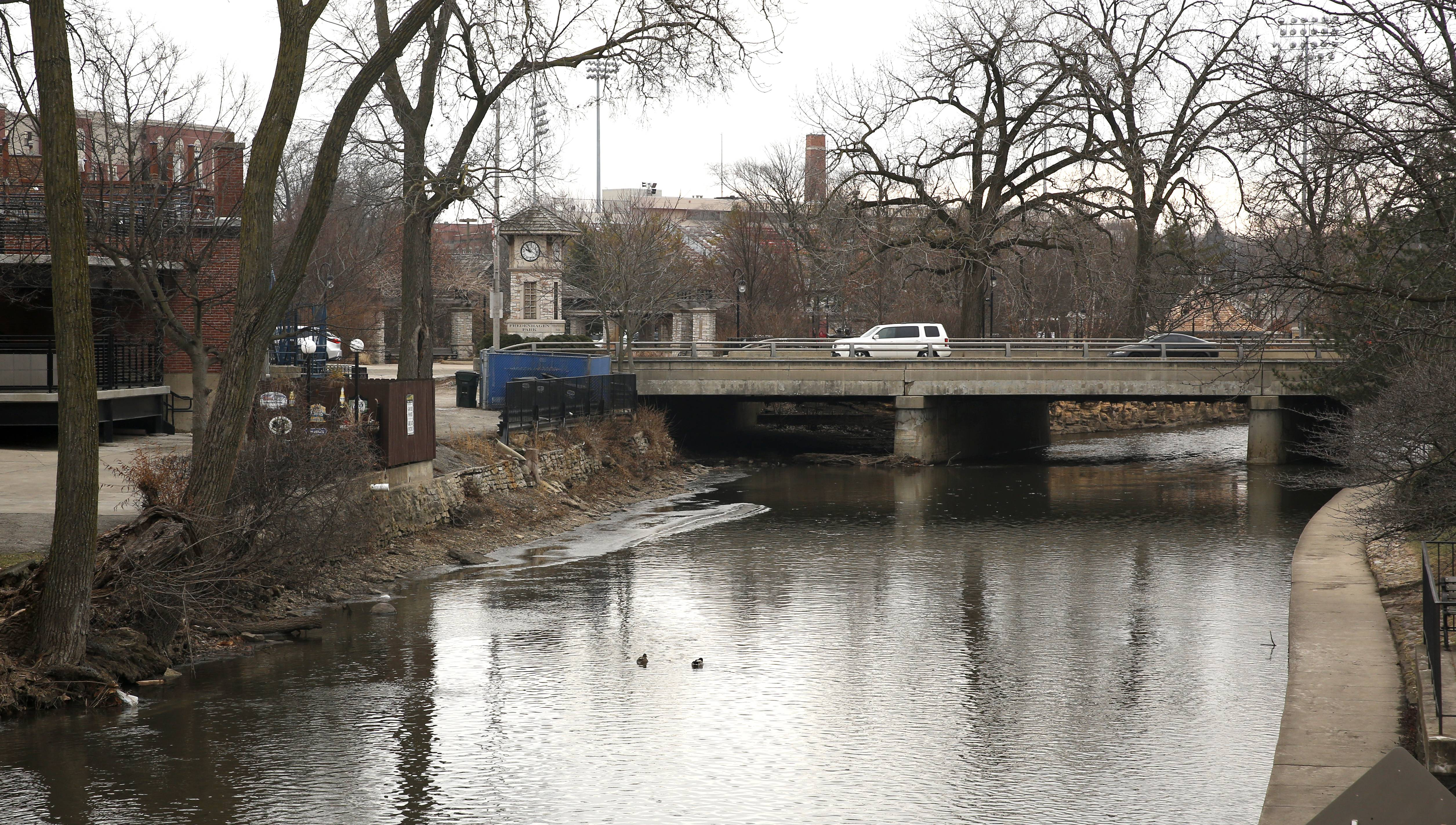 The Washington Street bridge in downtown Naperville is nearly 100 years old and set to be replaced in 2019. The city expects to spend between $5 million and $6 million to rebuild the structure and widen the road to two lanes in each direction with a center turning lane between Chicago and Aurora avenues.