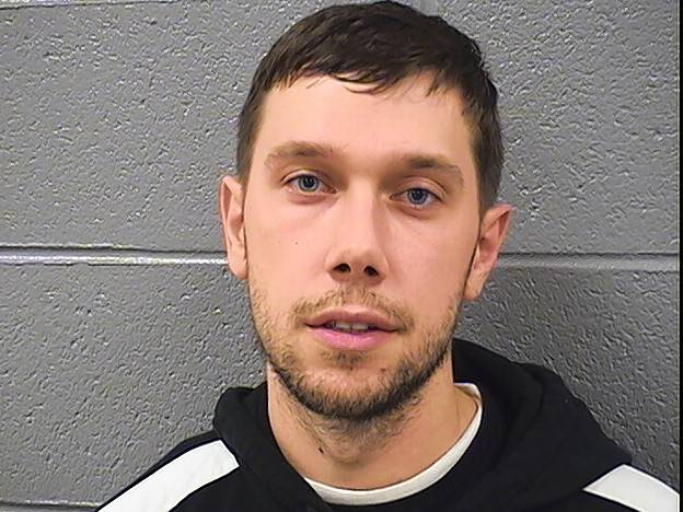 Schaumburg man pleads guilty to drug charges, gets 10 years
