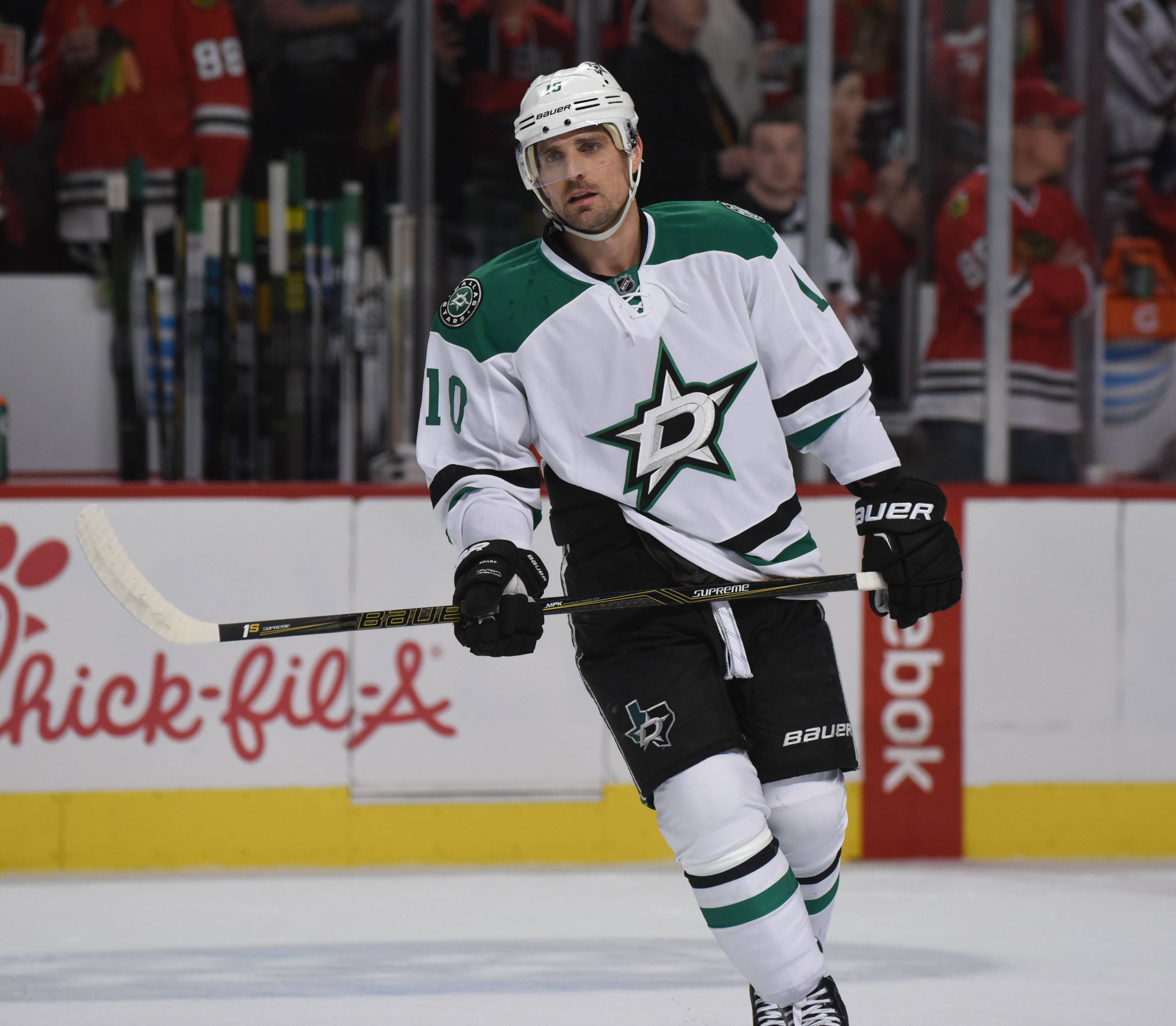 Dallas Stars left wing — and former Chicago Blackhawk — Patrick Sharp could be a potential target for general manager Stan Bowman before the March 1 trade deadline.