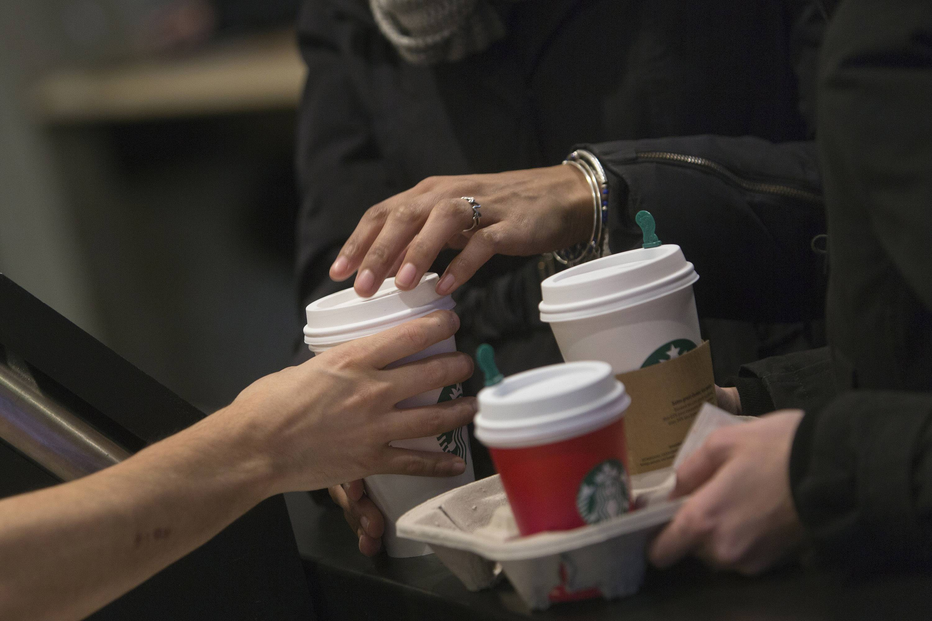 Downside to Starbucks mobile orders? Congestion at pickup counter