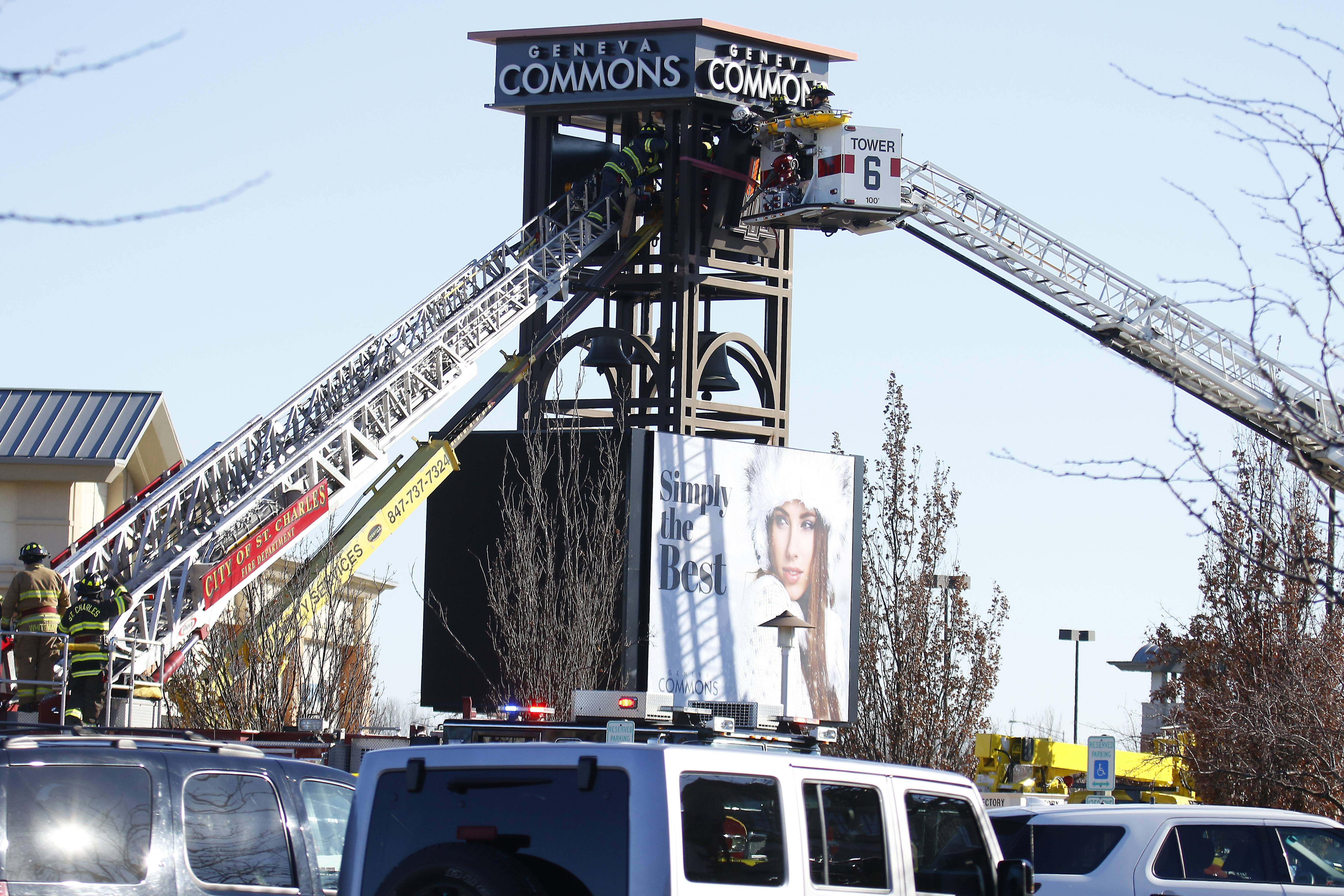 West Dundee man killed while installing Geneva Commons' tower sign