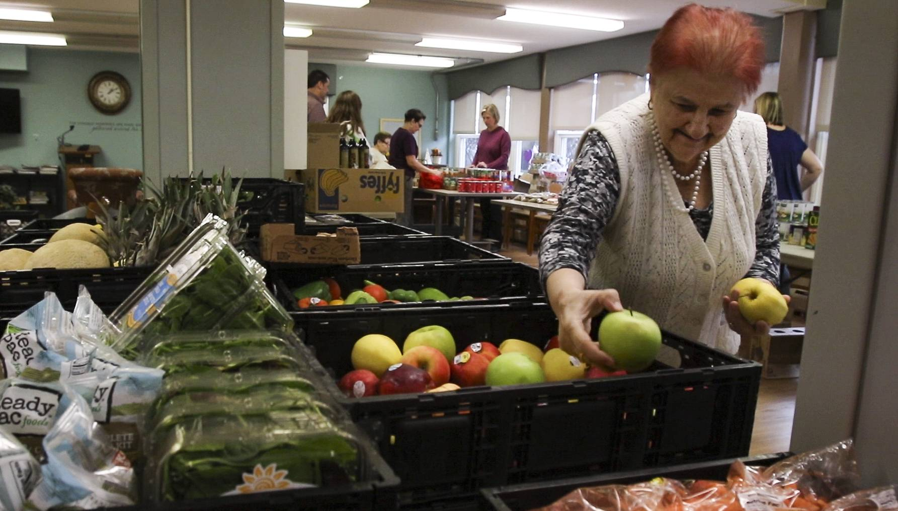 Pantry's mini market brings grocery convenience to Wheaton seniors