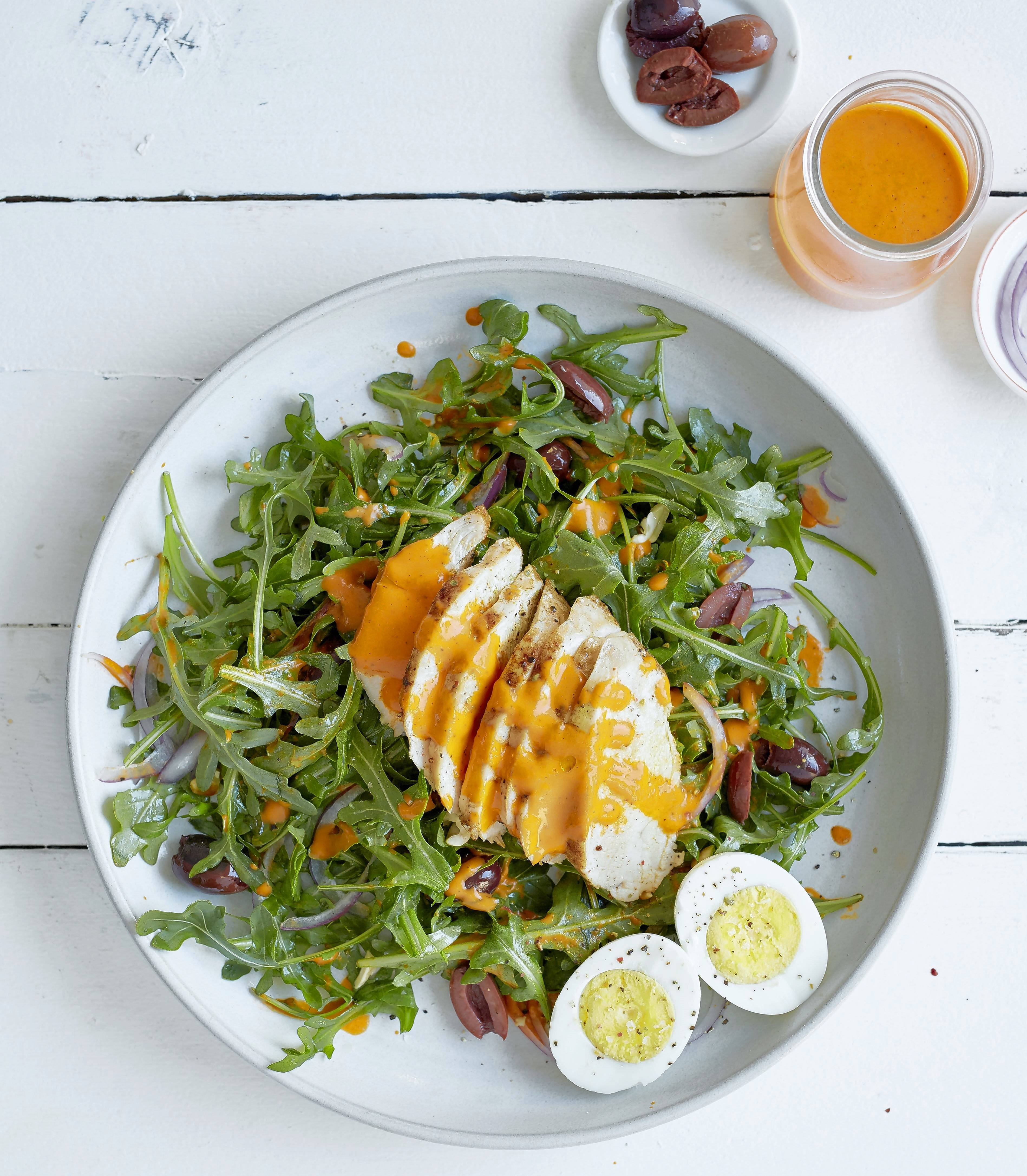 Chicken and Arugula Salad with Roasted Red Pepper Vinaigrette