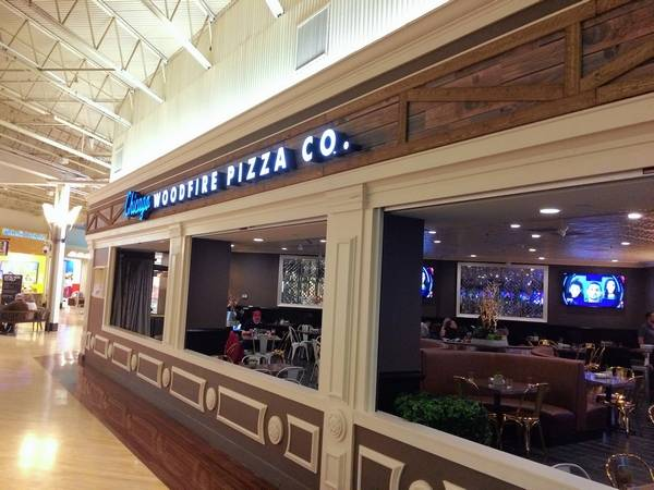 Chicago Woodfire Pizza Co Will Open Wednesday At Gurnee Mills The Restaurant Opens As