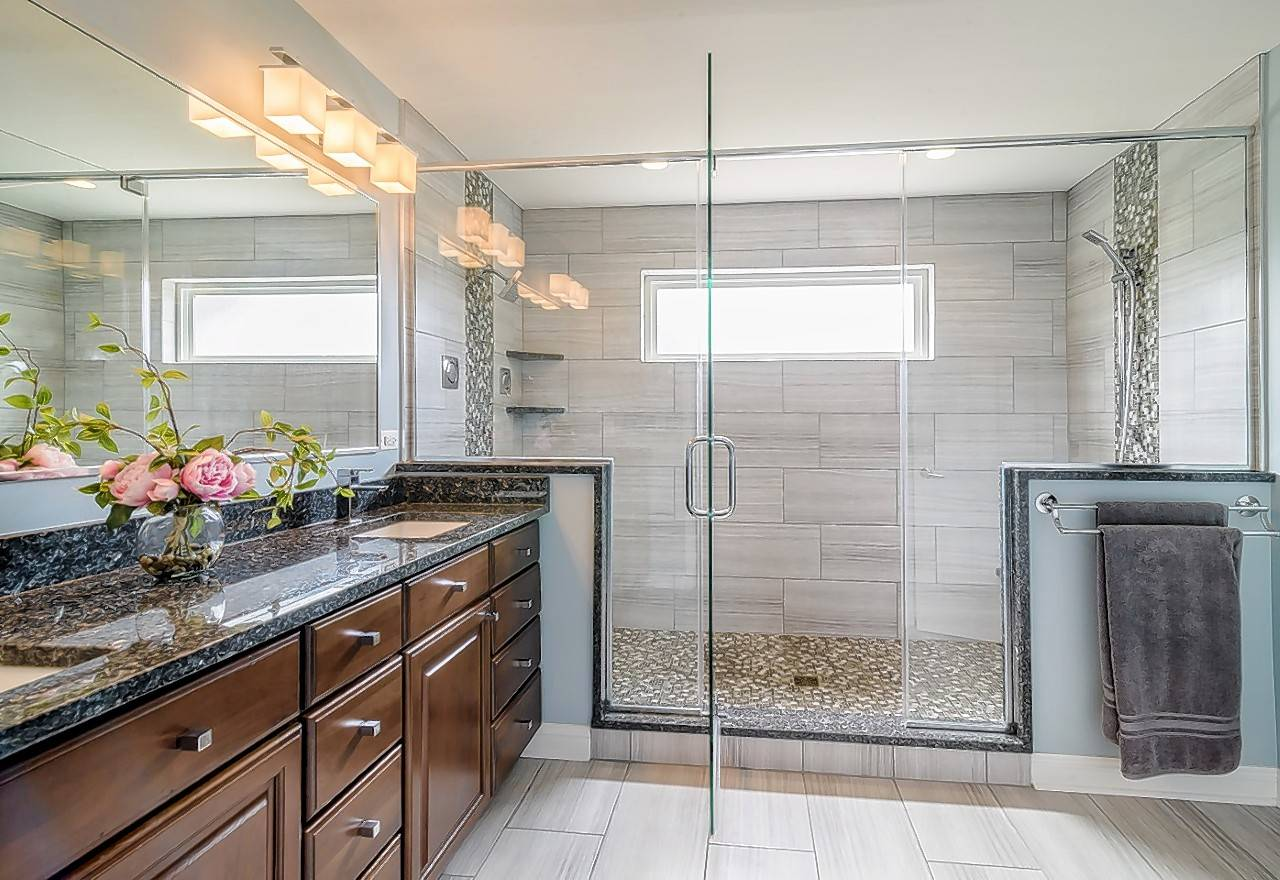 John Habermeier of West Chicago-based Synergy Builders will present the daily beautiful bathrooms workshop at the Old House New House Home Show.
