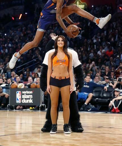 Dunk Contest 2017: Robinson III, Gordon, Porzingis Win NBA All-Star Events