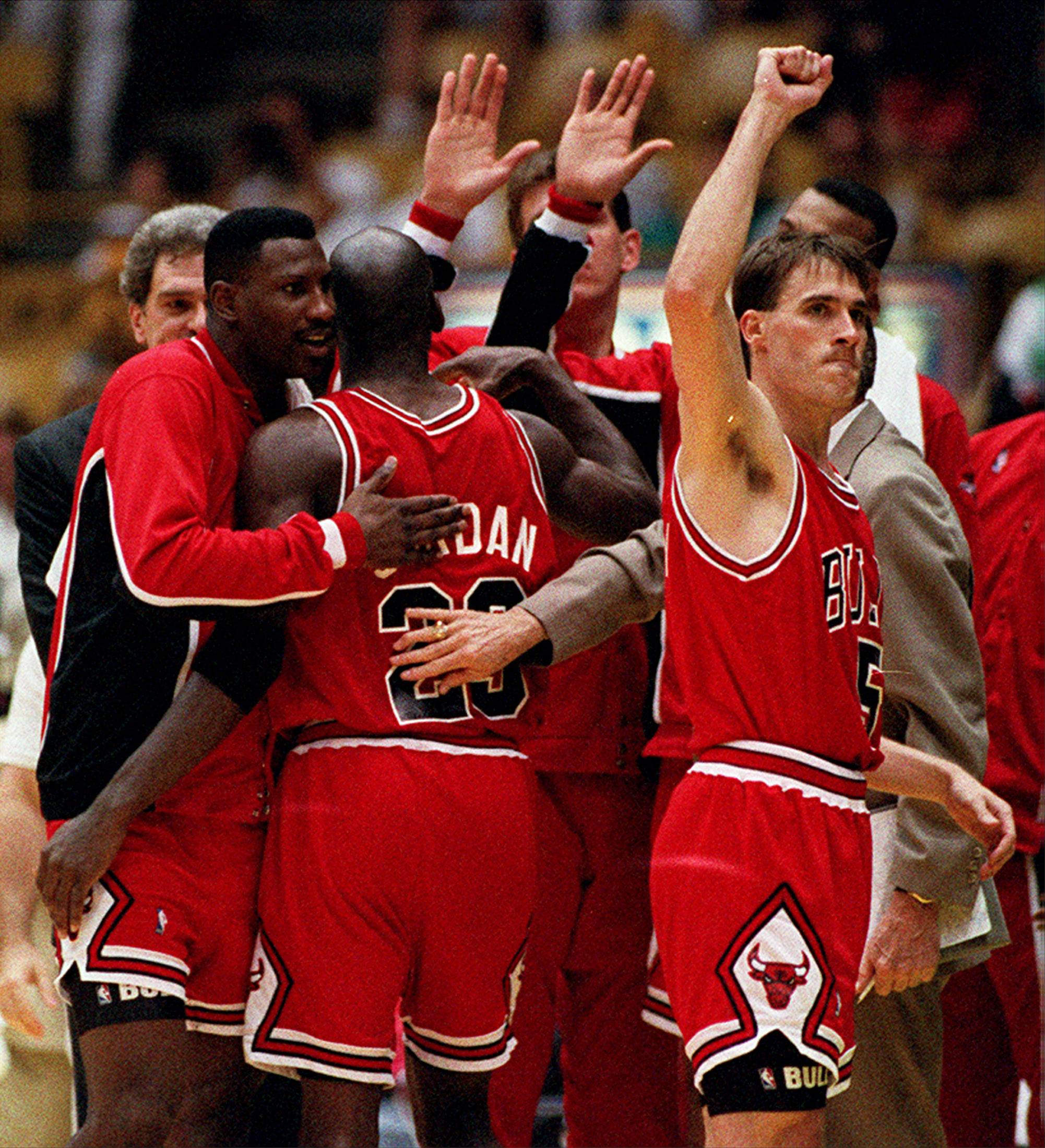 The memory of John Paxson the player, who teamed up so well with Michael Jordan during the Chicago Bulls' first trio of championships, continues to slip away because of his front-office role over the last 14 years.