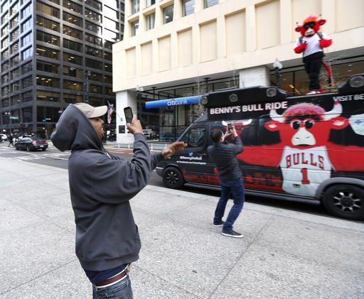 4bdaa68dc311be Big hit for Bulls