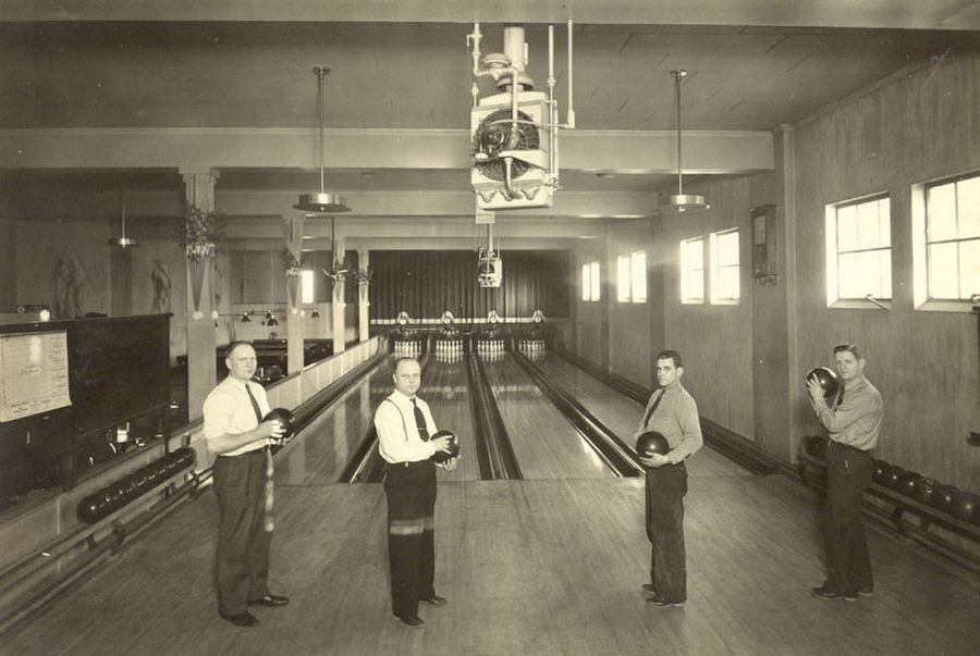 Several historical bowling alleys in the Tri-Cities were located in basements. Shown are bowlers at Arcada Recreation in St. Charles sometime in the 1940s.