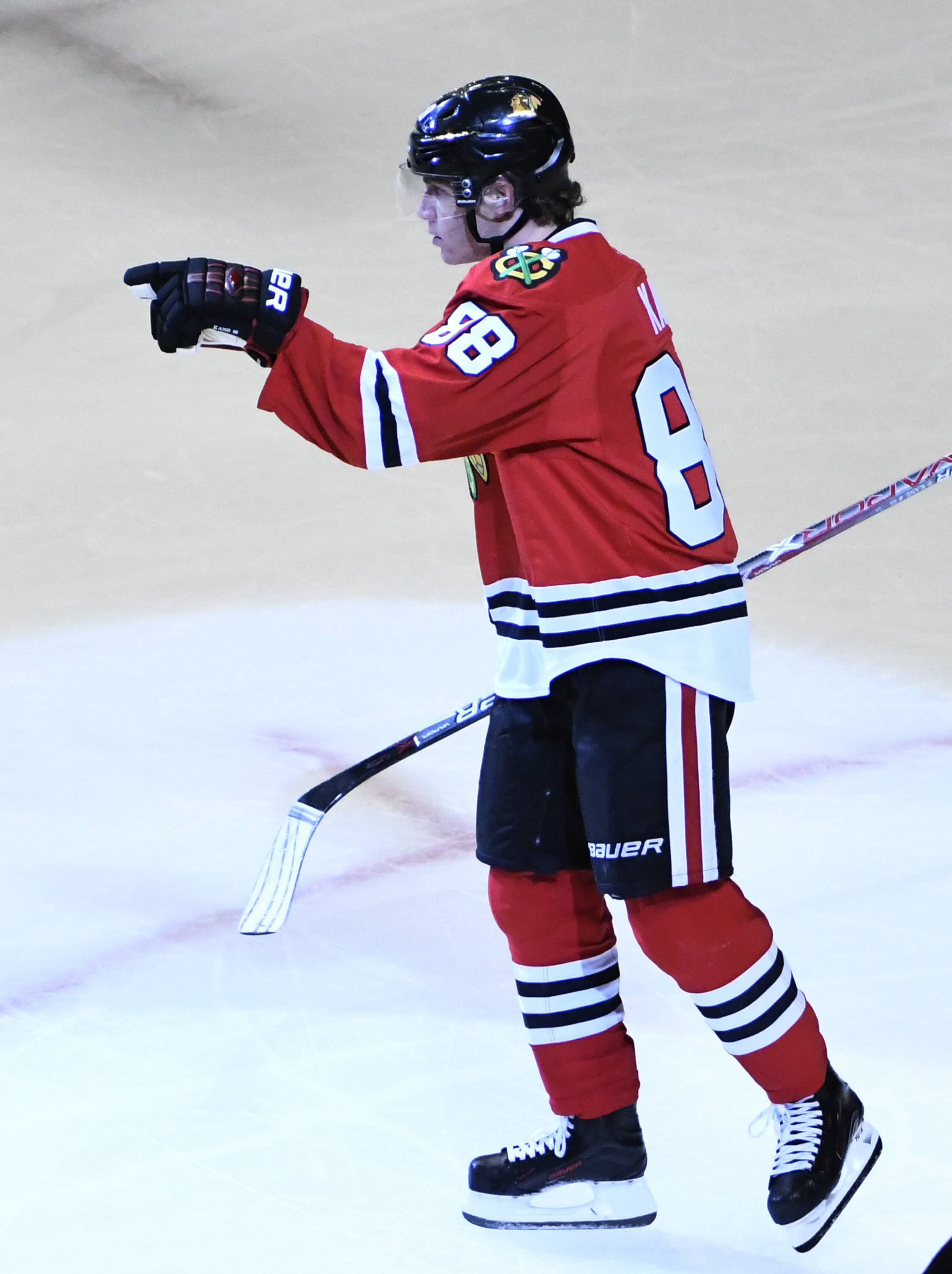 Fans were treated to a wildly entertaining 6-3 Chicago Blackhawks victory over Arizona at the United Center on Thursday. The Hawks won for the eighth time in nine games, getting a hat trick from Patrick Kane and additional tallies from Nick Schmaltz, Ryan Hartman and Michal Rozsival.