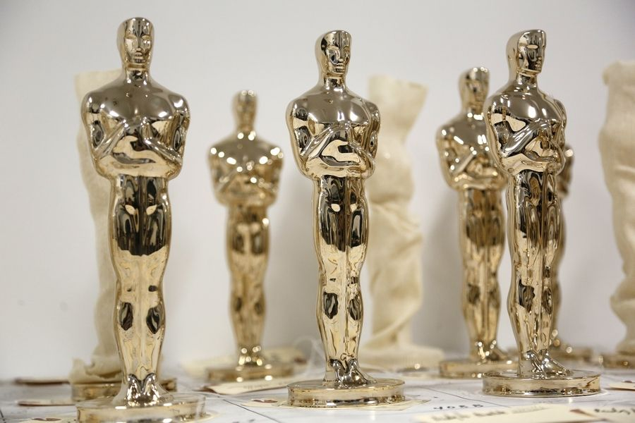 Who will take home an Oscar Sunday night? Dann Gire shares his predictions with ABC 7 Sunday morning.