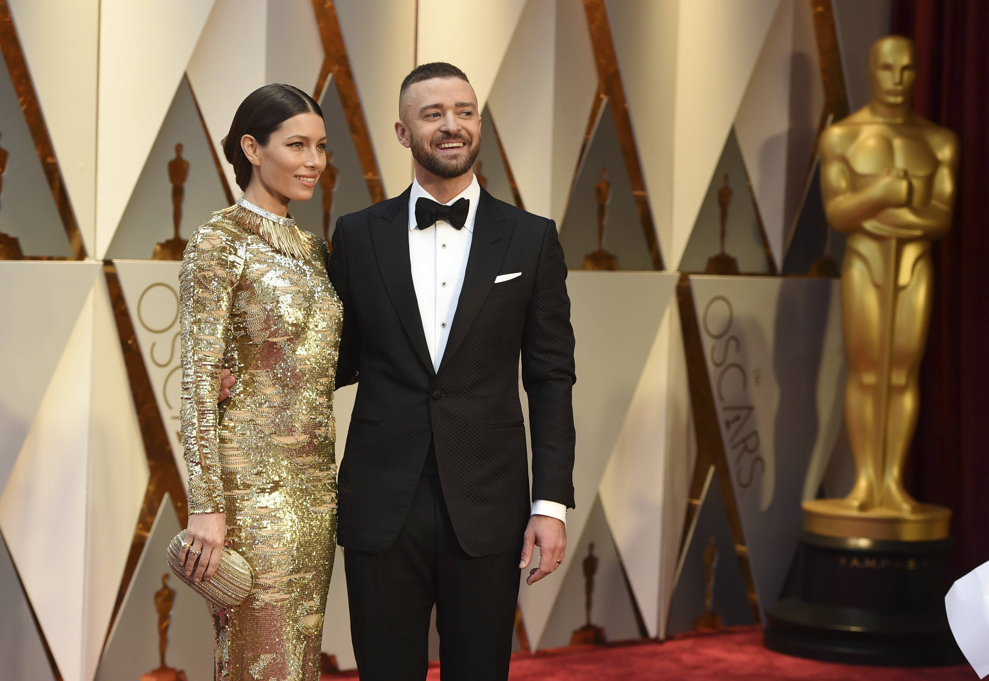 Jessica Biel, left, and Justin Timberlake arrive at the Oscars on Sunday, Feb. 26, 2017, at the Dolby Theatre in Los Angeles. (Photo by Jordan Strauss/Invision/AP)