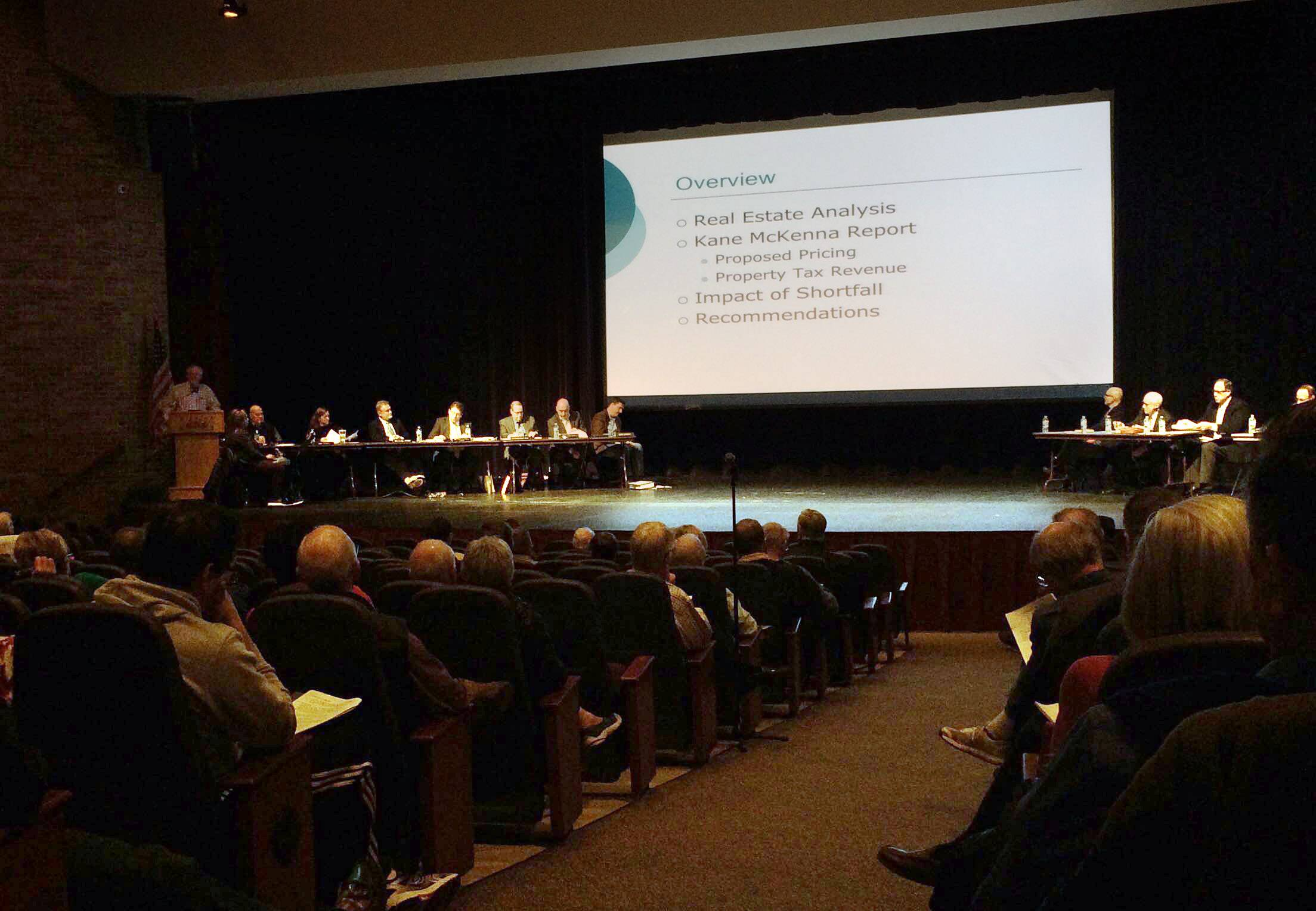 Libertyville panel recommends against housing plan