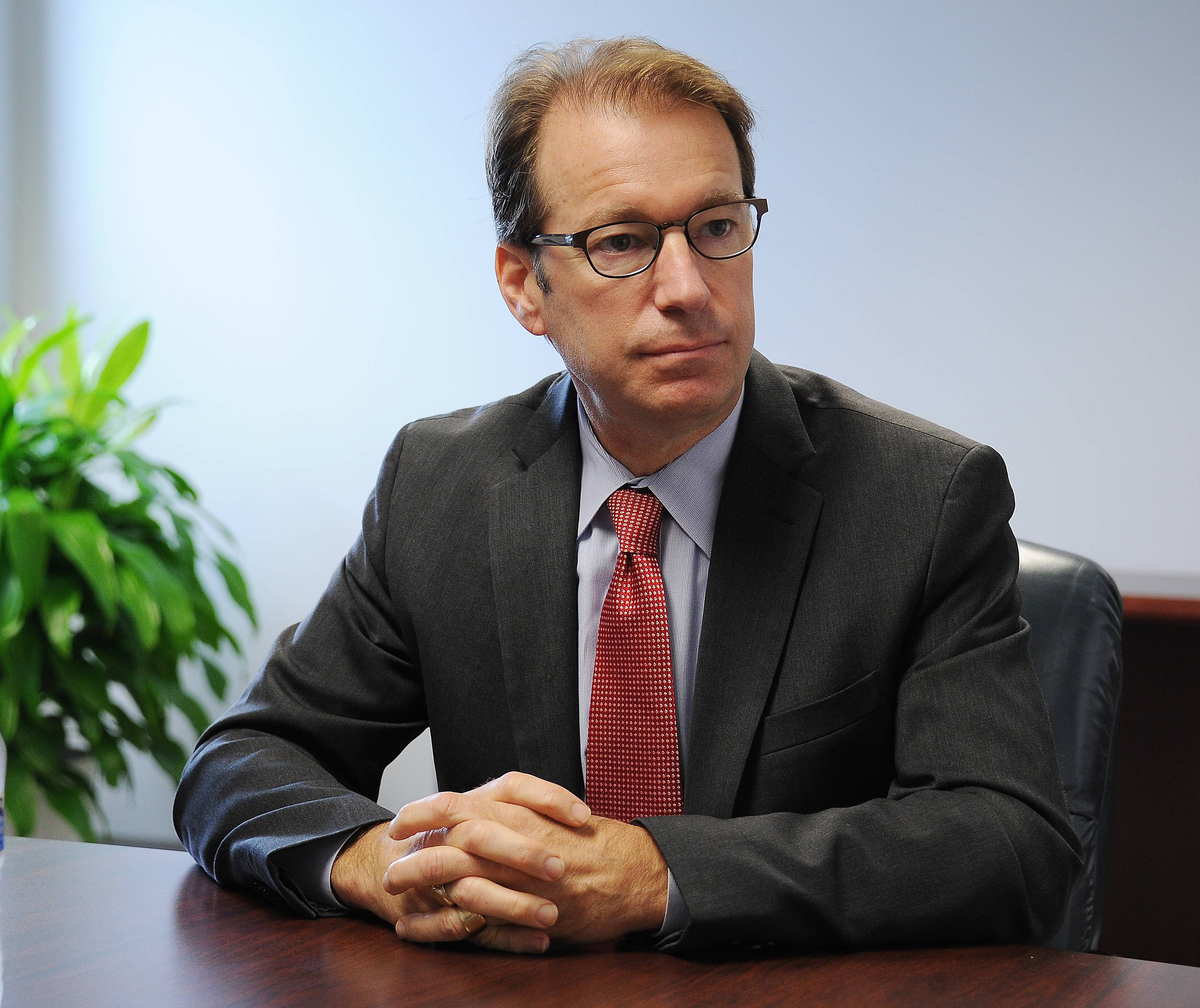 Roskam talks taxes at luncheon, skips protesters
