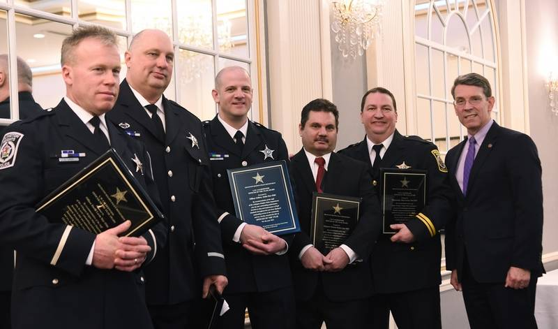 Arlington heights police honor five officers in traffic bureau for Bureau uniform