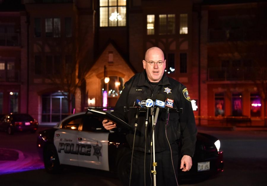 St. Charles Deputy Police Chief David Kintz says authorities do not believe the shootings Friday night pose any danger to the public.