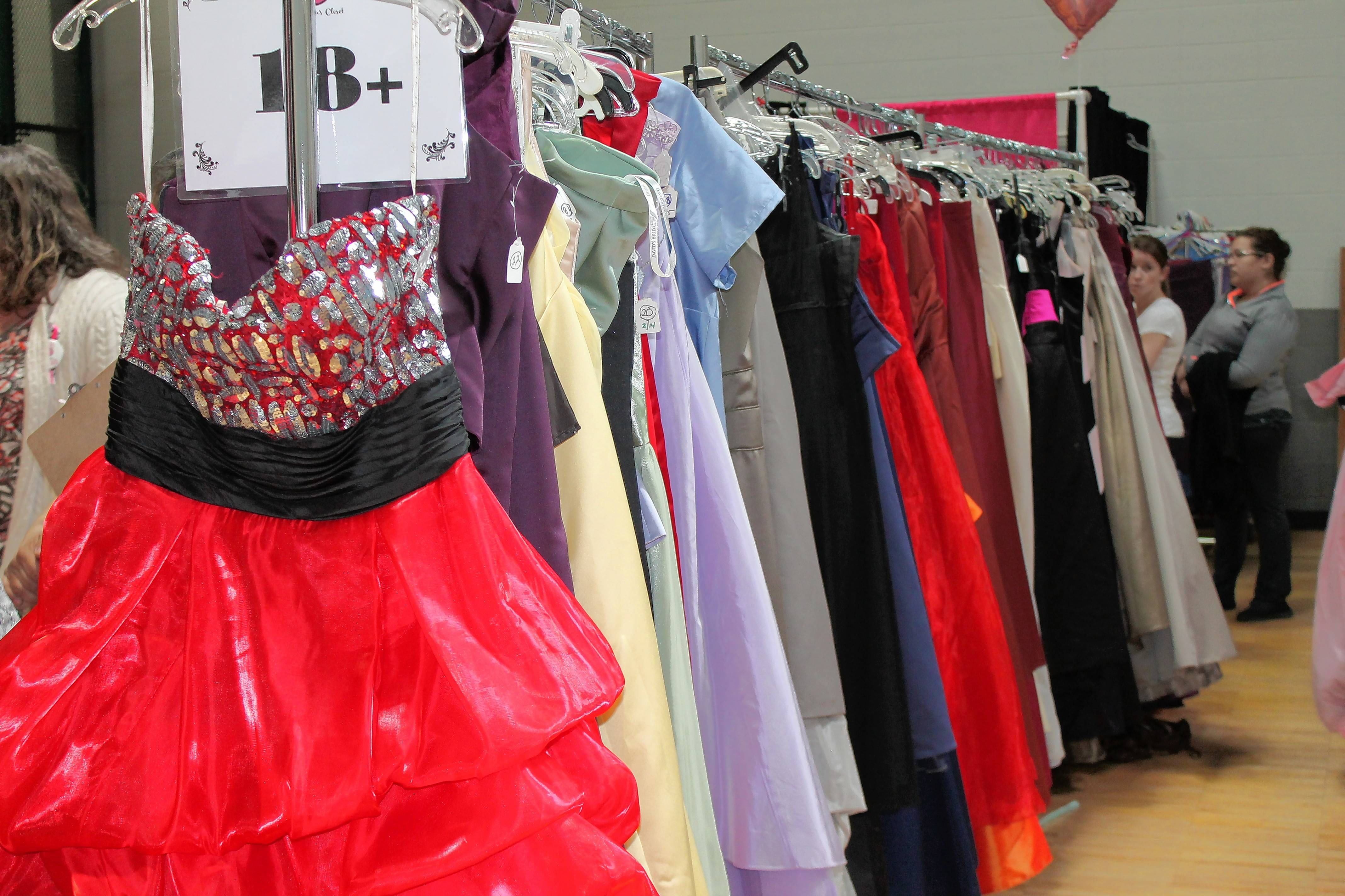 Donate Prom Dresses Naperville