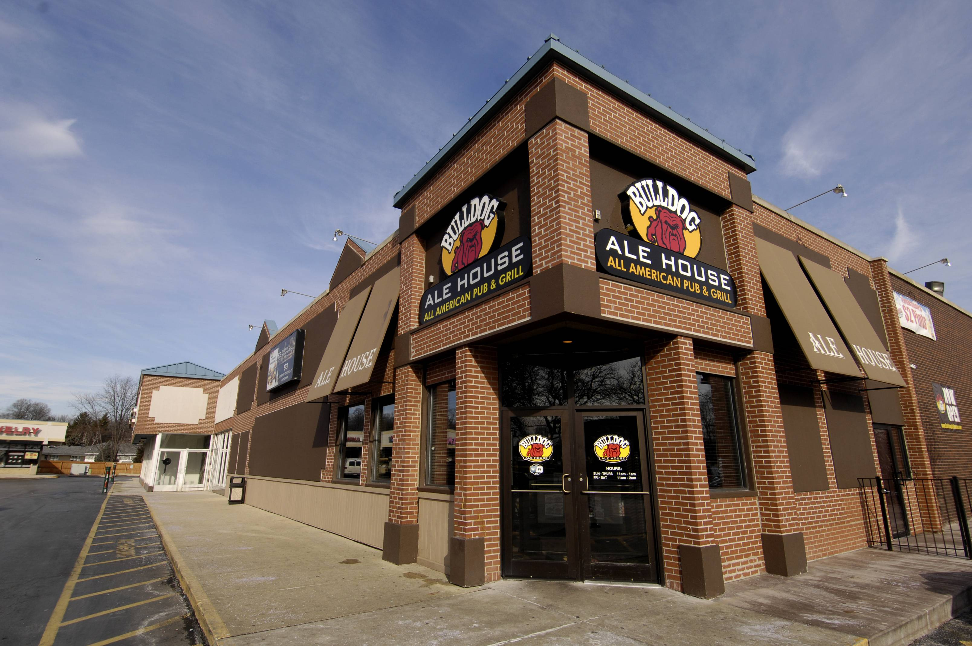 A Bulldog Ale House is opening in McHenry. It will join other locations, incluidng this one in Roselle.