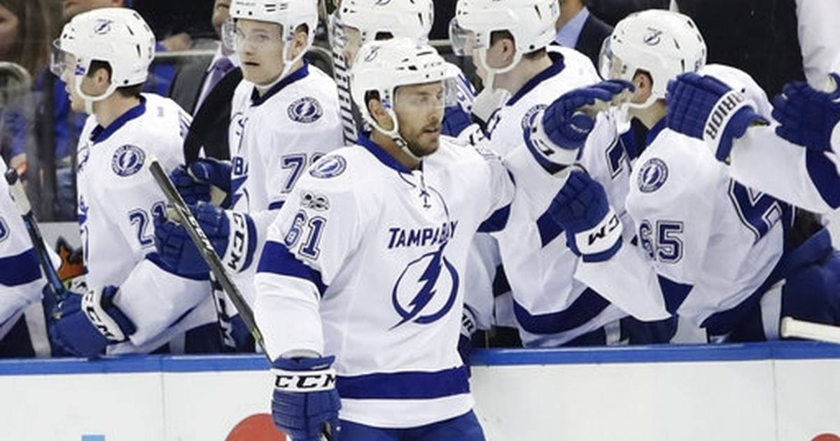 Point 39 S 2nd Goal Snaps Tie In 3rd Lightning Top Rangers 3 2