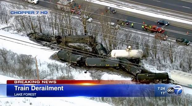 A freight train derailed early Wednesday in Lake Forest near Route 41 and Deerpath Road.