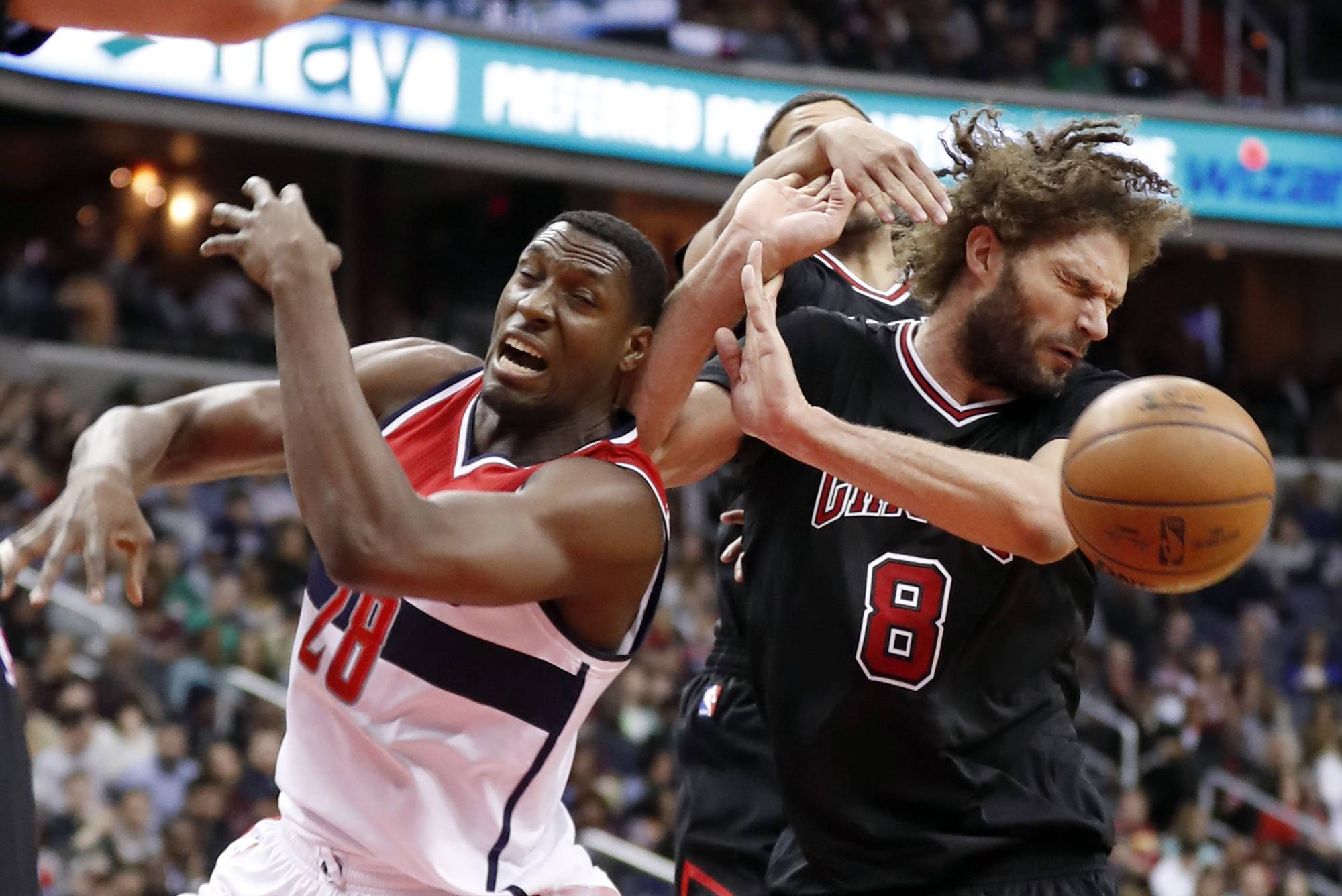 Bulls show life without Wade, but fall short against Wizards