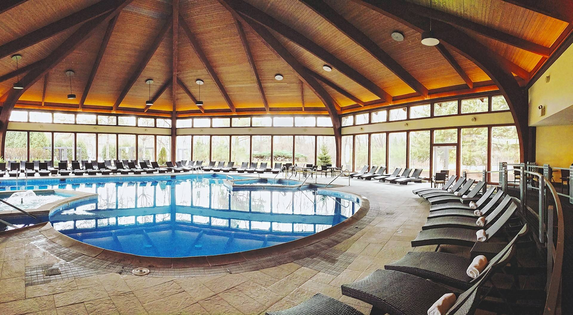 See for yourself why Avani Spa at The Abbey Resort on Geneva Lake has been named one of the Top 100 Spas of 2016.