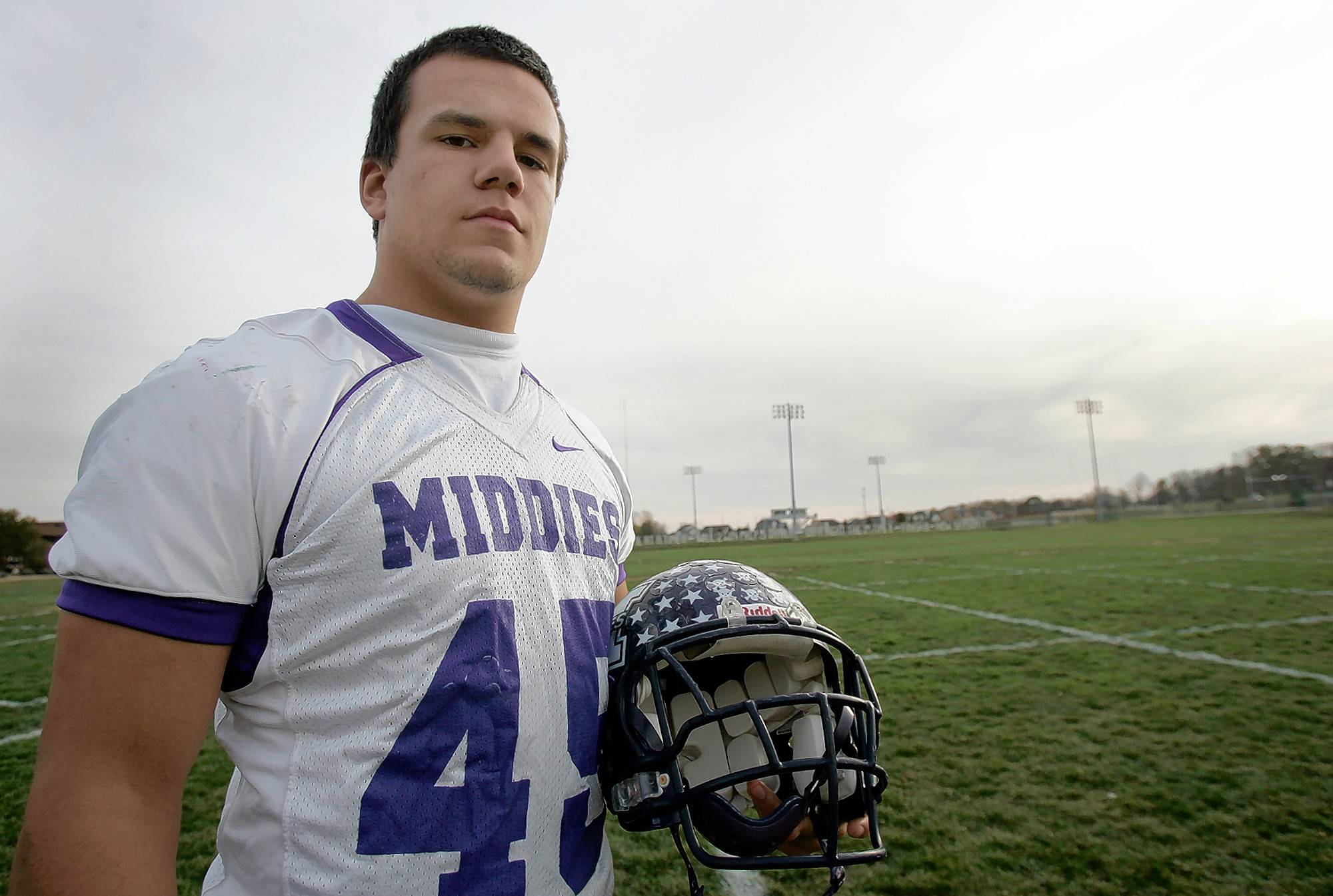 A captain on the baseball team, Kyle Schwarber was also a football captain and starting linebacker for the Middletown Middies as a high school senior.