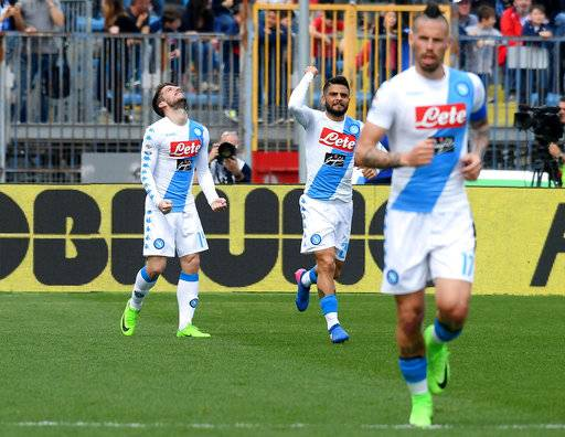 Napoli's forward Dries Mertens, left, celebrates after scoring during a Serie A soccer match between Empoli and Napoli at the Carlo Castellani Stadium in Empoli, Italy, Sunday, March 19, 2017 (Claudio Giovannini/ANSA via AP)