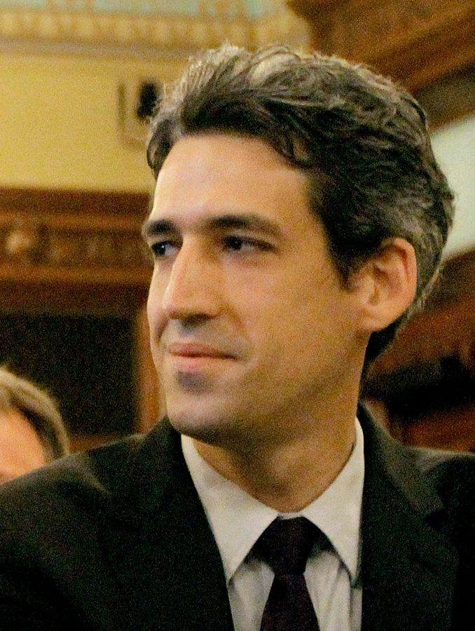 State Sen. Daniel Biss of Evanston is sponsoring a bill that would require presidential candidates to release their tax returns in order to get on the Illinois ballot.