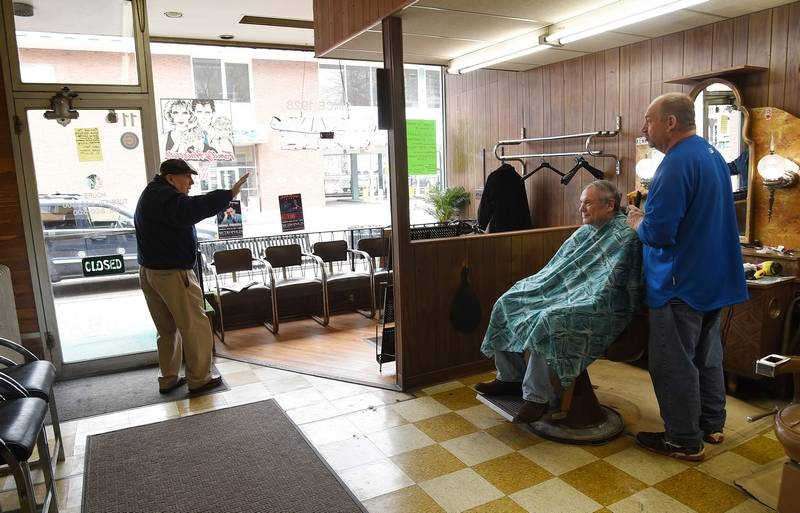 Barber Shop Downtown : ... Barber Shop is closing after nearly 90 years in downtown Arlington