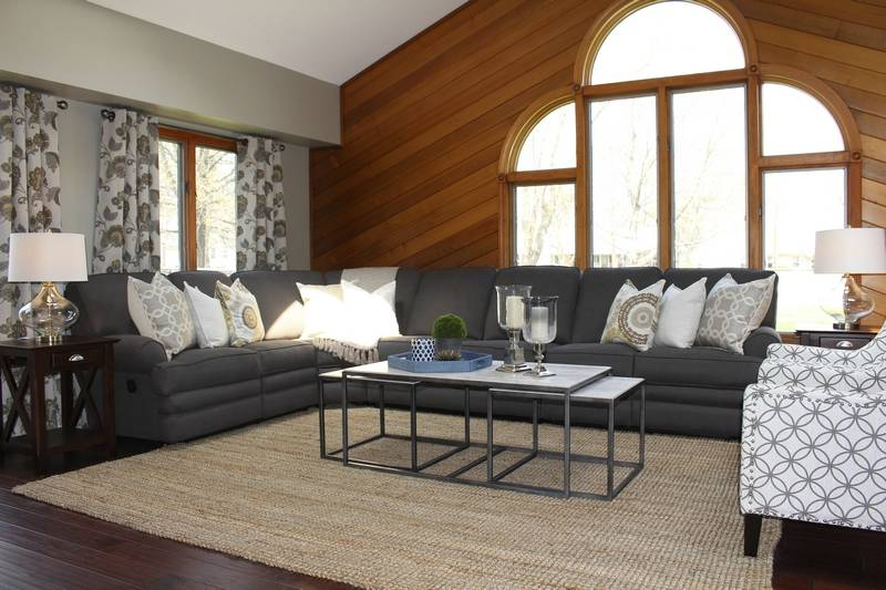 Smaller Recliners Embraced By Baby Boomers