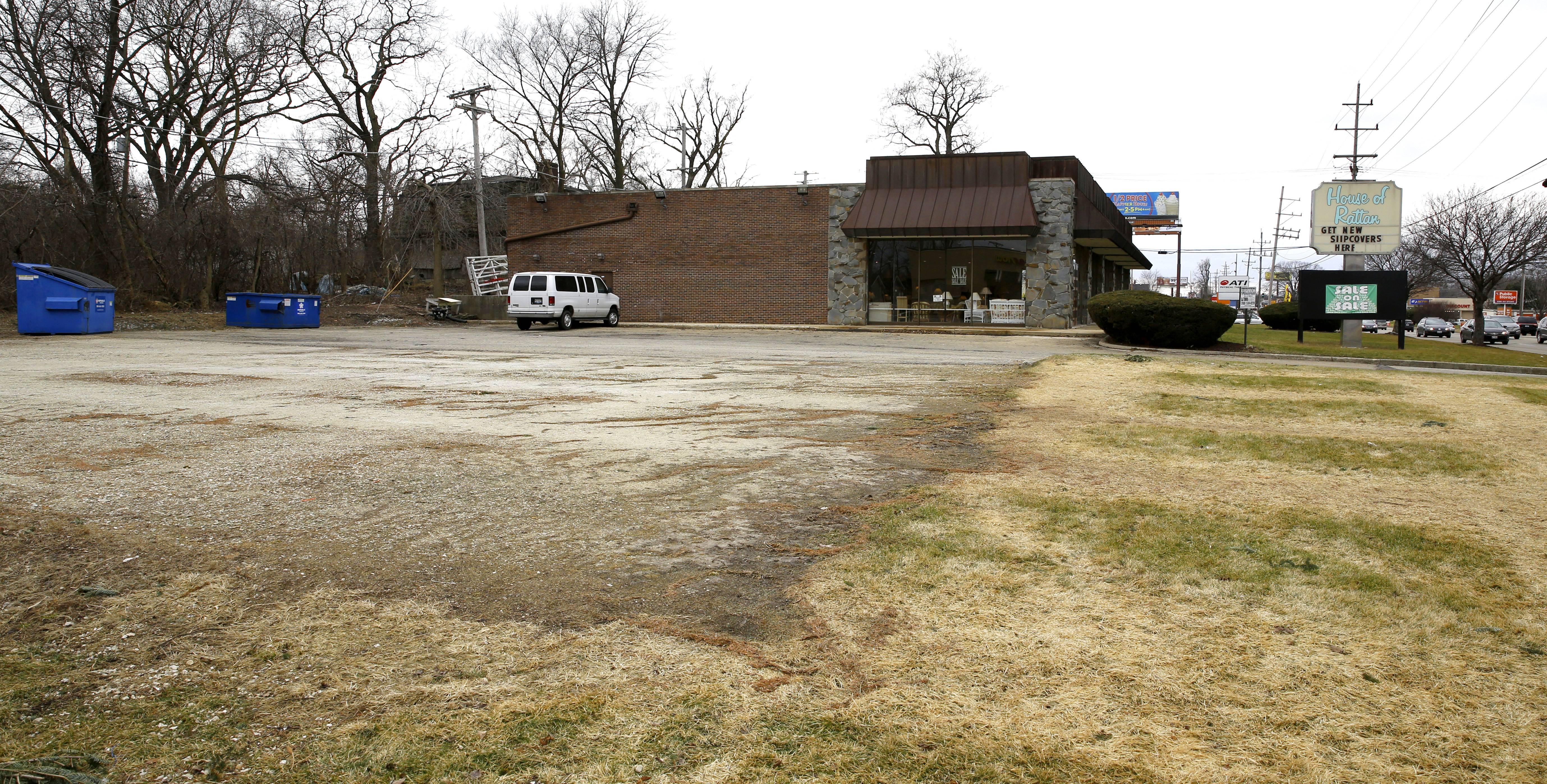 Company abandons plans for gas station near Lombard