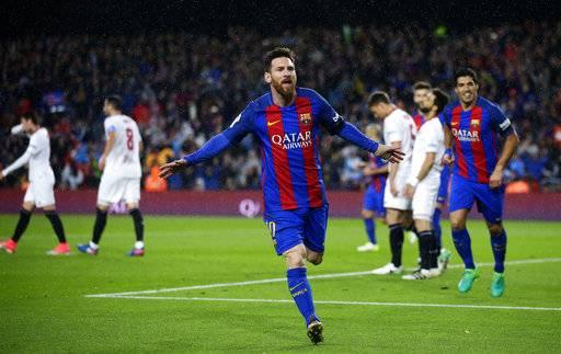 Barcelona wins with suarez 39 s bicycle kick goal messi double - Messi bicycle kick assist ...
